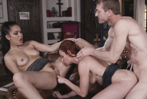 Cum Swapping Session On Sofa FullHD 1080p