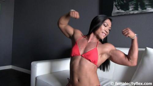 Tram Nguyen - BodyBuilder Female Muscle