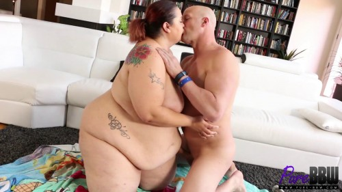 Oiled up Ssbbw gets rammed with a big dick