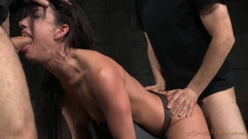 Jennifer White Chained Down And Roughly Drilled With Brutal Blowjobs