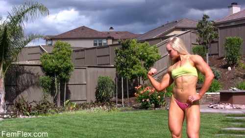Lindsey Cope - Fitness Model Female Muscle