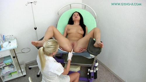 Dafne - 22 years girl gyno exam