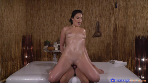 Pawg gets a pounding from masseuse HD Clips