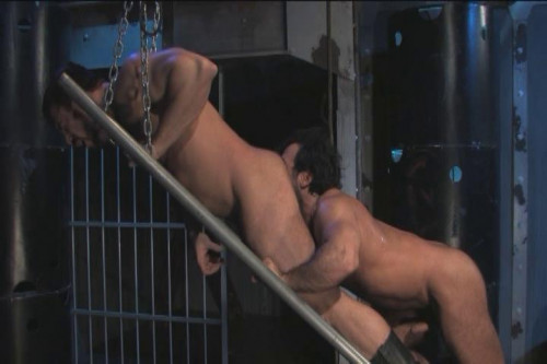 Muscle Fuckers In Raw Interracial Fuck Gay Porn Movie