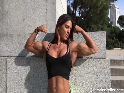 Anastasia Papoutsaki Female Muscle