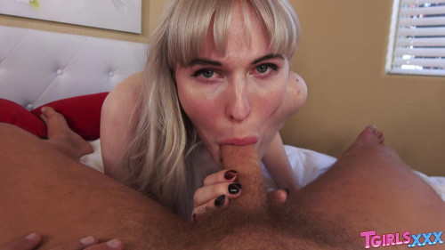 Lianna Enjoys Hard Fucking SheMale