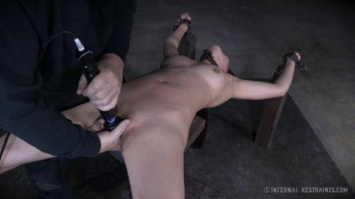 CruelBondage - Lea Hart BDSM