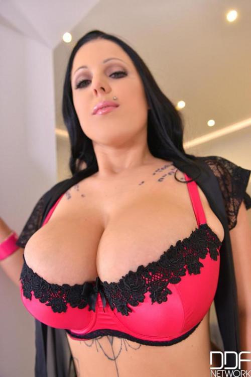 Big Natural Tits Never Looked Better Big boobs