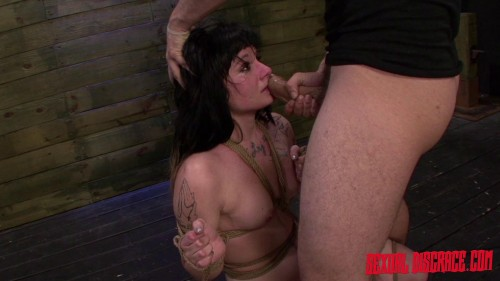 Montana Sky - Montana Skys First Porn Video in Bondage for the Sybian & Rough Sex (2015)