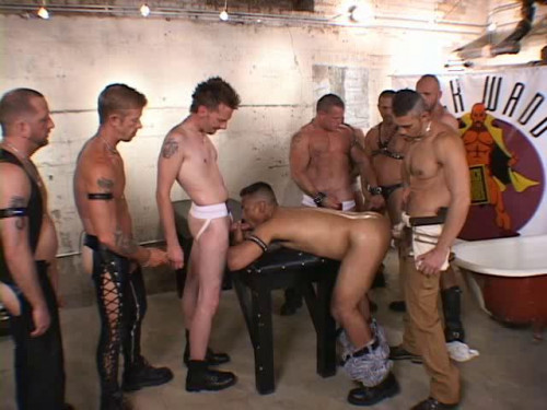 Dirty Habits Enjoy Piss Orgy With Fisting