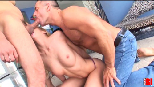 Kelly Wells, John, Marcus Bisexual