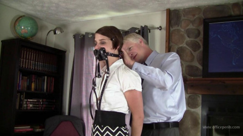 Amanda Reigh - Tightly Hogtied for the Boss