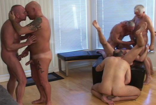 Hard Orgies With Real Bears & Mature Males