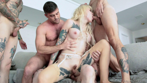 Tattooed T-girl Lena Kelly Shemale