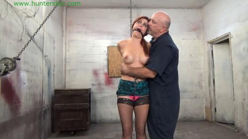 Hunterslair - Sarah Brooks - Sexy secretary helpless in handcuffs