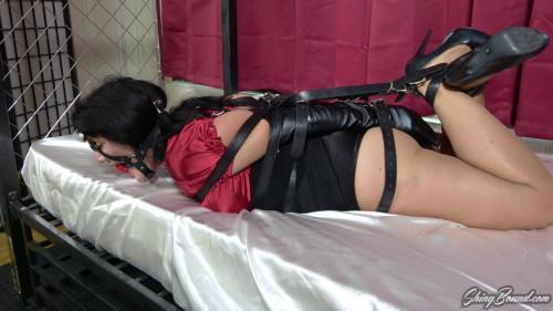 Gigi Lynn.. Armbinder Escape Challenge BDSM
