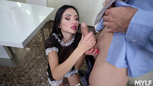 Sasha Rose - Get That Special Service Russian