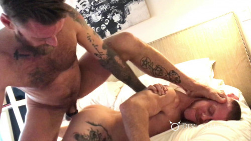 Barebacked, Bred & Dripping - Hoytt Walker & Jack Vidra - Full HD 1080p Gays