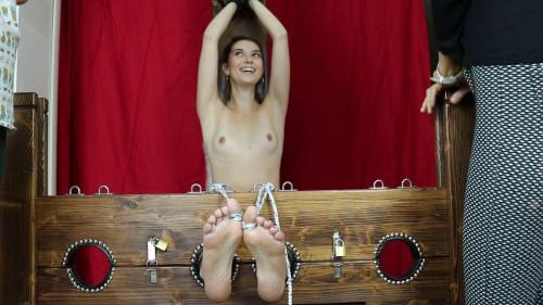 HD Bdsm Sex Videos Nonstop gang tickling Leila