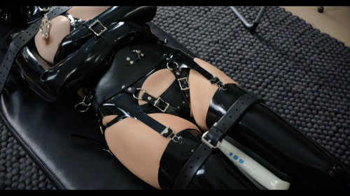 Rodeo BDSM Latex