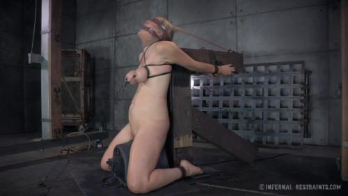 Winnie Rider For Man BDSM
