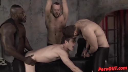 ManUpBitches - Blade VS Twilight - Sparkle Bitch Gay BDSM
