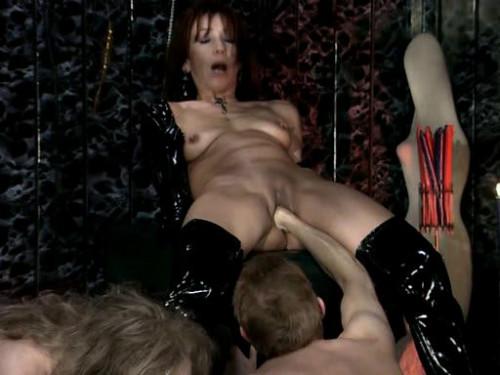 Bizarre Spiele Teil Scene 2 BDSM Latex