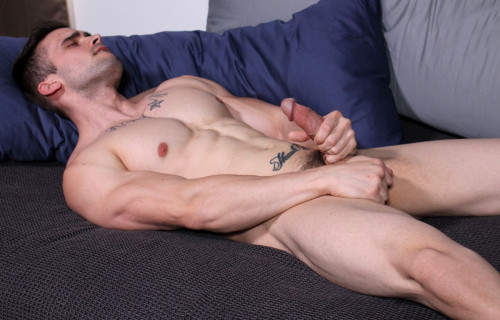 Mathias Gay Solo