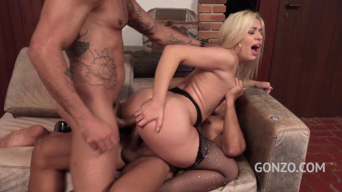 Anal threesome with double penetration for Pamela Pantera (2019)