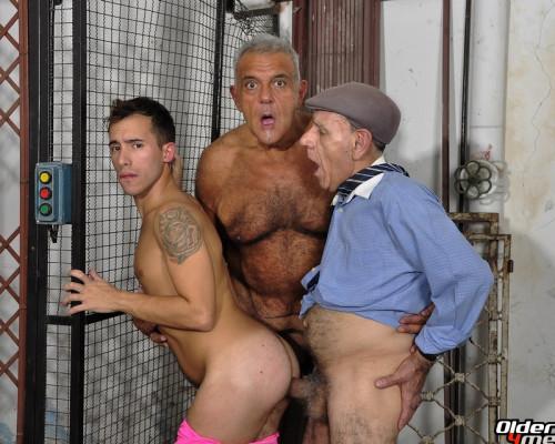 Older4Me - Bareback in Dark Places Gays