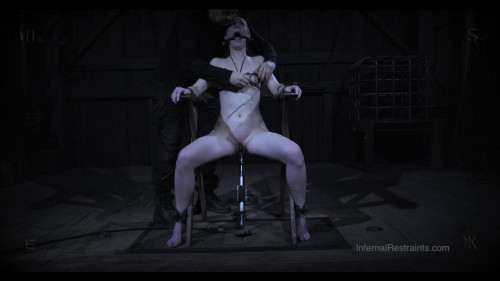 Sierra Cirque - Creep Induction BDSM