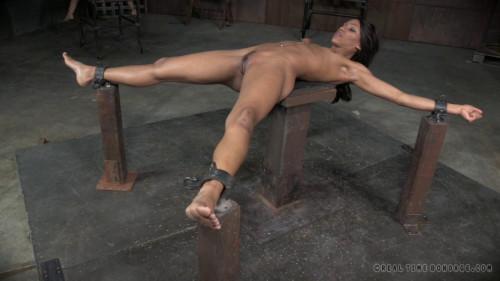 Nikki Darling, Abigail Dupree - Bdsm friends BDSM