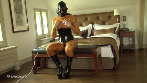Alterpic - Stimulated, vibrated and plugged