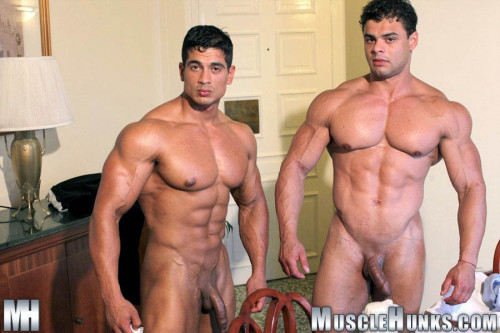 Musclehunks - Brad Hatcher & Pepe Mendoza: Tea for Two (2011)
