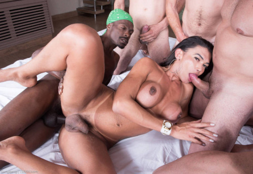 Bareback Gangbang With Double Stuffed