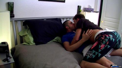 Homo Emo - A Bareback Homemade Fuck Video! 1080p