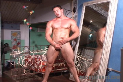 MuscleHunks - Mike Roger - Pure Nature Gay Solo