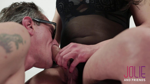 Camilla Jolie - The Sex Table SheMale