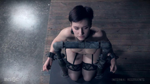 Ir kitty dorian - the pool of tears - Extreme, Bondage, Caning BDSM