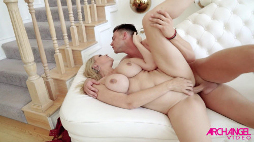 Busty bitch wants big dick boyfriend Classic Sex