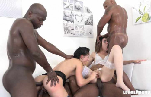 Nicole Love & Jessica Bell in crazy anal gangbang with black cocks Sex Orgy