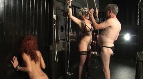 Erziehung im Strengen Keller BDSM