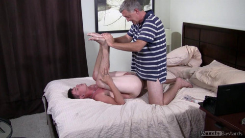 Raunchy Bastards - Creeper Casting - Straight Boys Are Easy
