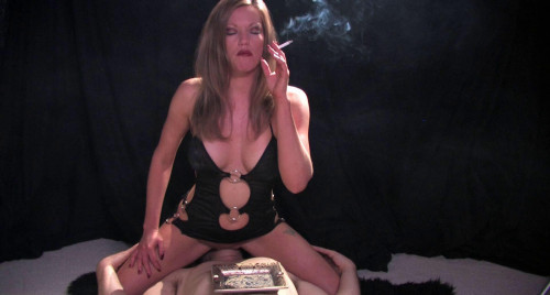 Mistress Holly X Smoking Facesitting
