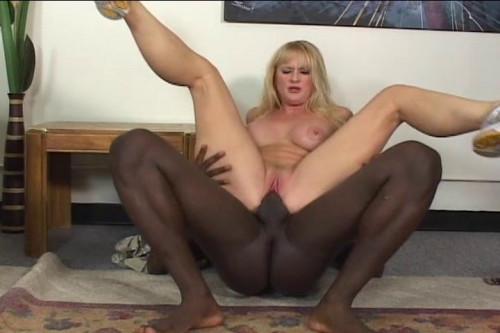 MILF Takes Black Pole Interracial