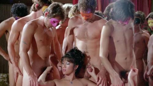Mai Lin Vs Serena (1981) - Mai Lin, Serena, Jade Wong Vintage Porn