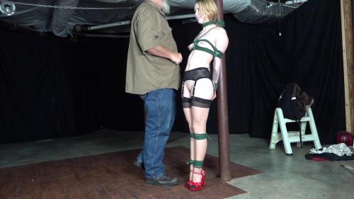 Macy Nikole: Leg Test