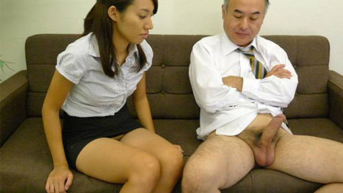 Anna takizawa is getting to know her mature colleague from work