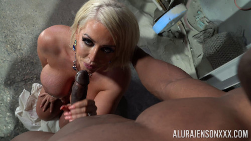 Will Tile Trophy Wife Mature, MILF