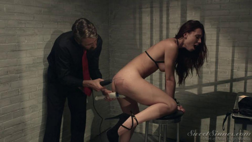 Steve Holmes and Aidra Fox BDSM